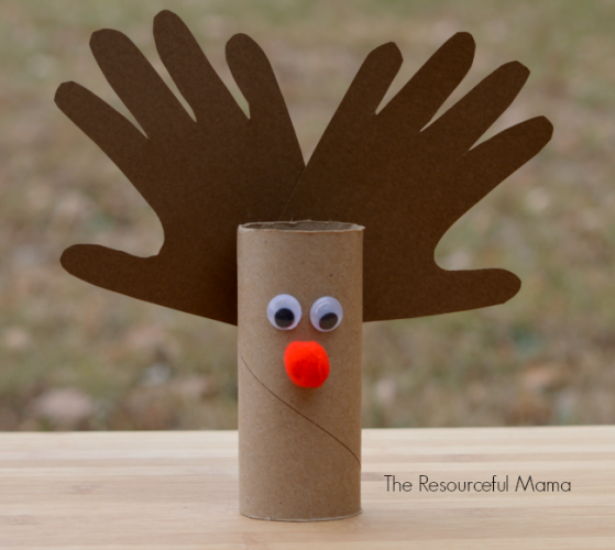 a088f1c56816 11 – Red Ted Art – Easy Kid Origami Reindeer Bookmark This reindeer origami  is adorable! It s the perfect bookmark to use this holiday season.