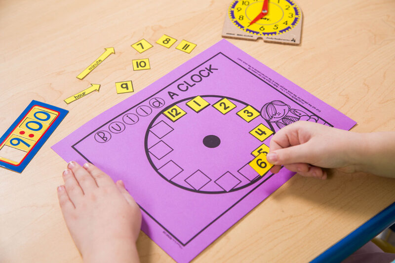 telling time activity - build a clock
